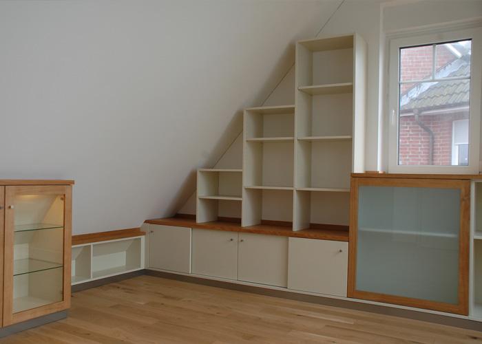Möbel für die Dachschräge | das Holzatelier